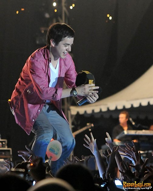 david-archuleta-konser-ponds-teens-concert-1-20110717-001-bambang_071702.jpg